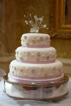 cheap wedding cakes